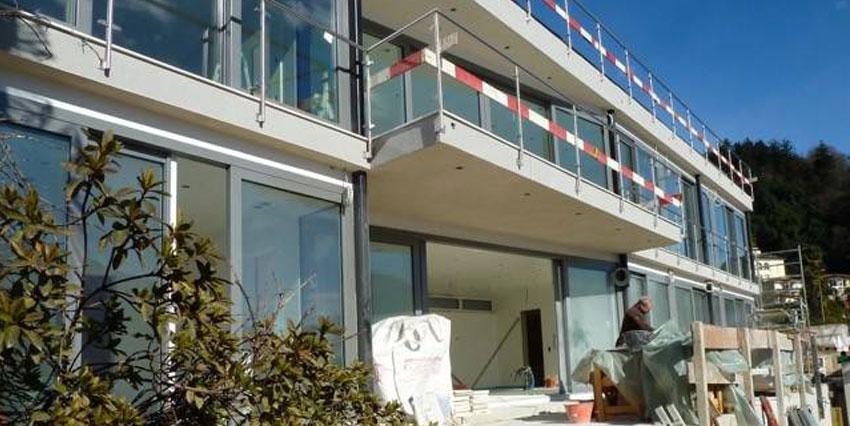MINUSIO: prestigioso Appartamento di 4½ locali con splendida vista lago e giardino