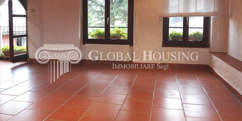 MAGLIASO: Incantevole casa con vista lago