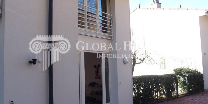 ASTANO: Accogliente casa a schiera con vista aperta