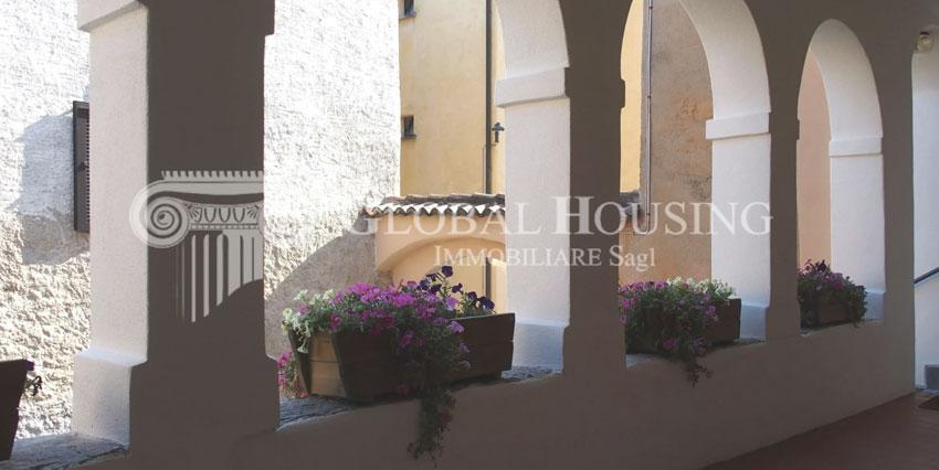 CASLANO: Piacevole appartamento nel vecchio nucleo